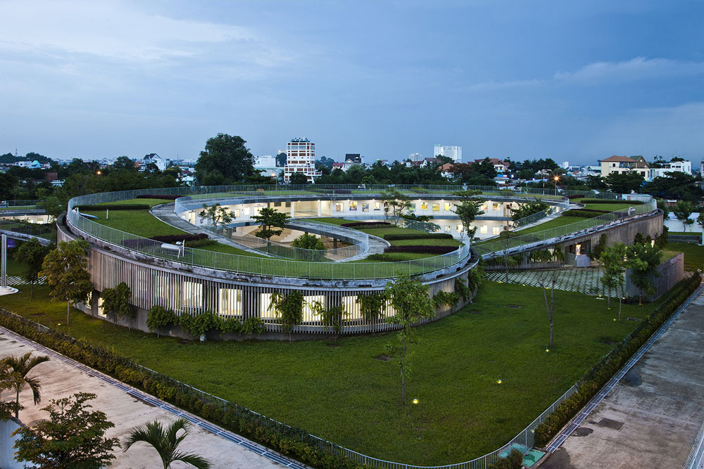 Farming-Kindergarten-by-Vo-Trong-Nghia-Architects-3
