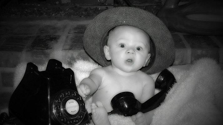 Новородено: Черно-бели приказки