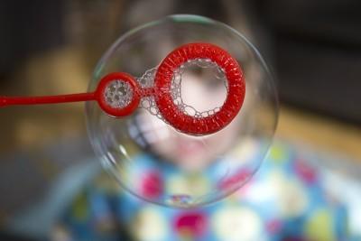 На 4 месеца: Сапунени балони