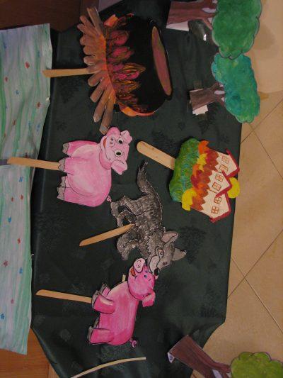 На 1 година: Куклен театър