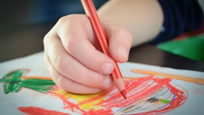 Как да научим детето да различава цветовете