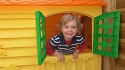 На 9 месеца: Моята първа къщичка