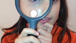 На 2 години: Къде ти е лупата, детектив?