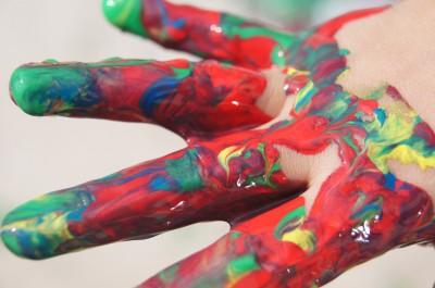 На 2 години: Картина от ръчички