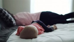 Как да се измъкнем от спящо бебе