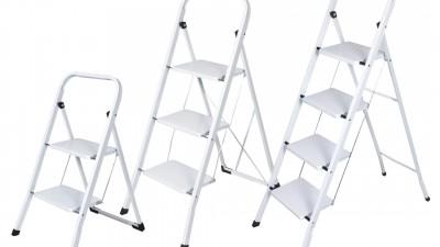 На 1 година: Игра със стълба