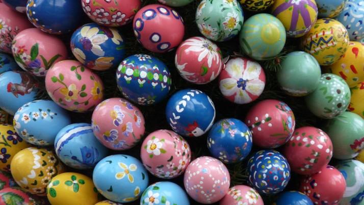 Напасване на яйца по цветове и големина