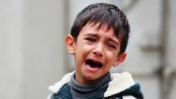 Когато домакинствам, детето ми блъска, скача, вика… Какво да правя?