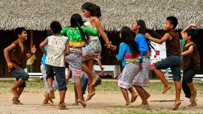На какво играят децата в далечните Анди?