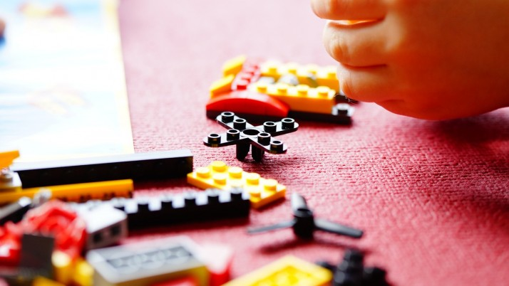Как да изберем играчка на детето