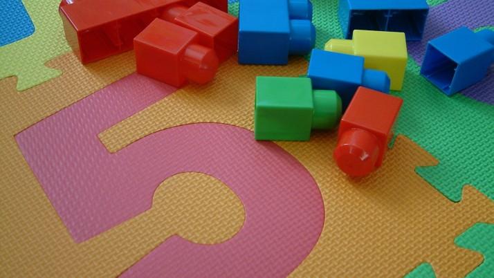 Как да организираме вещите на детето?