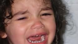 Как да се справим с плача и хленченето