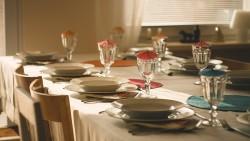 Как да научим детето да се държи добре на масата, Част 2