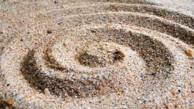 Идеи за игри с кинетичен пясък