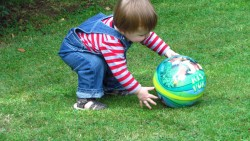 Развиващи игри с топка