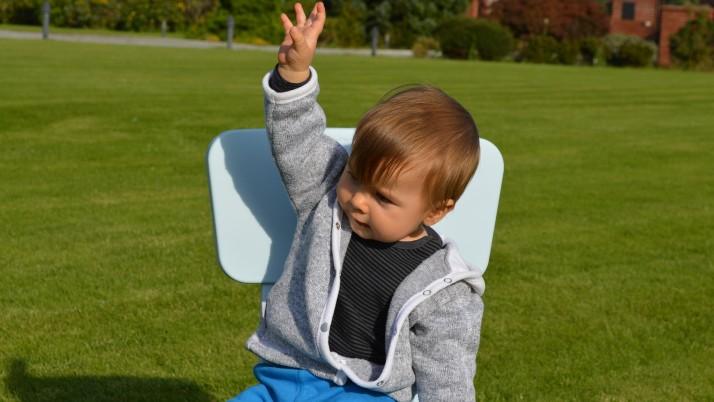 """Как да научим бебетата да """"говорят"""" с жестове"""