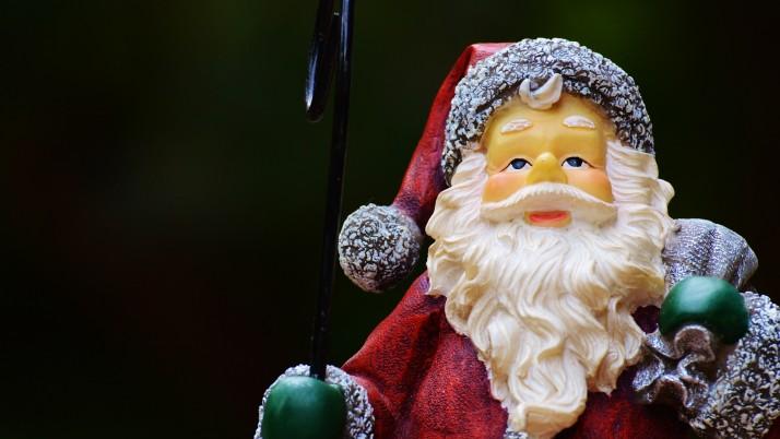 Трудните въпроси: Мамо, тате, вие ли купувате подаръците на дядо Коледа?