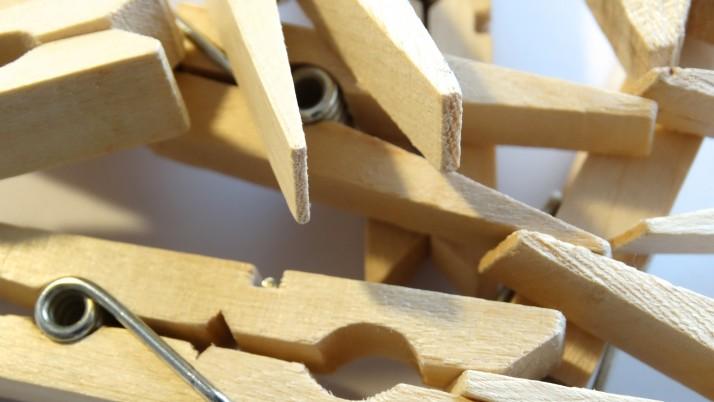 Няколко идеи как можем да играем с щипките за простиране