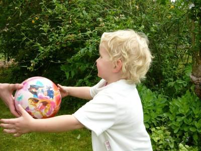 Как да включим в съвместна игра деца от различна възраст, част 2