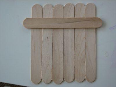 Игра с дървени шпатули