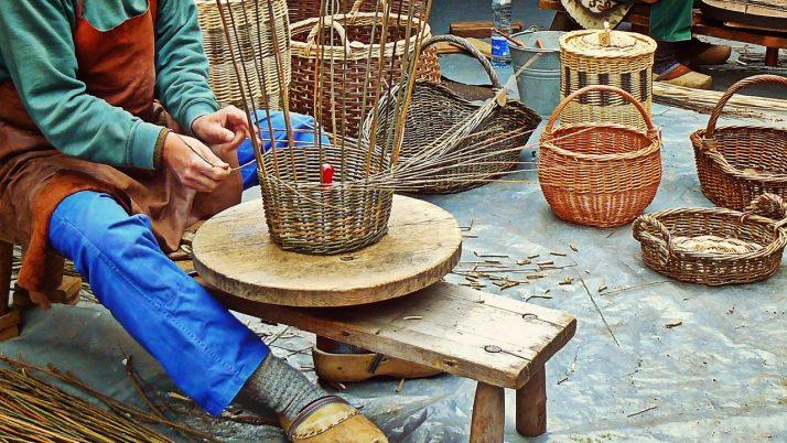 На 5 години: Плетене на кошница