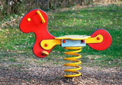 Родители от София с искане за план за ремонтите на детските площадки