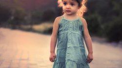 Дъщеря ми бие по-малките деца. Притеснявам се, защото сме чужденци.