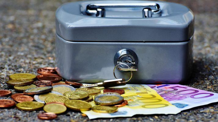 Откъде идват парите или първи уроци по предприемачество