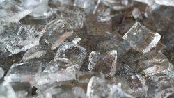 На 5 години: Фокус с лед и сол