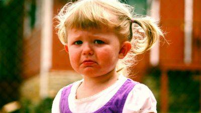 Дъщеря ми е в група в детската градина, в която всички се познават само тя е нова