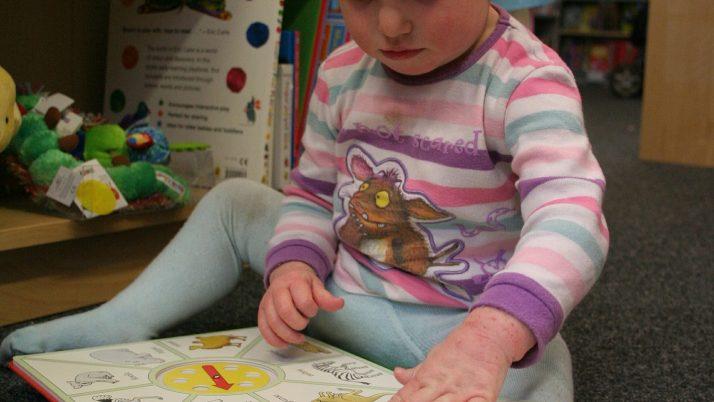 Детето ми на 1 година не иска да учи