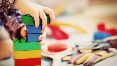 Дъщеря ми на 2,6 години не иска баща ѝ да я взима от детската градина